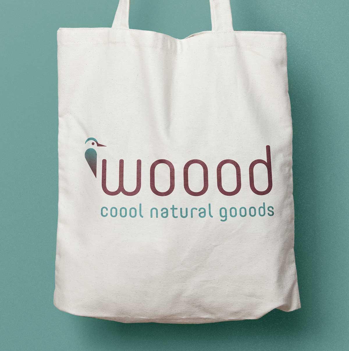 Stofftasche mit Logo von woood - coool natural gooods